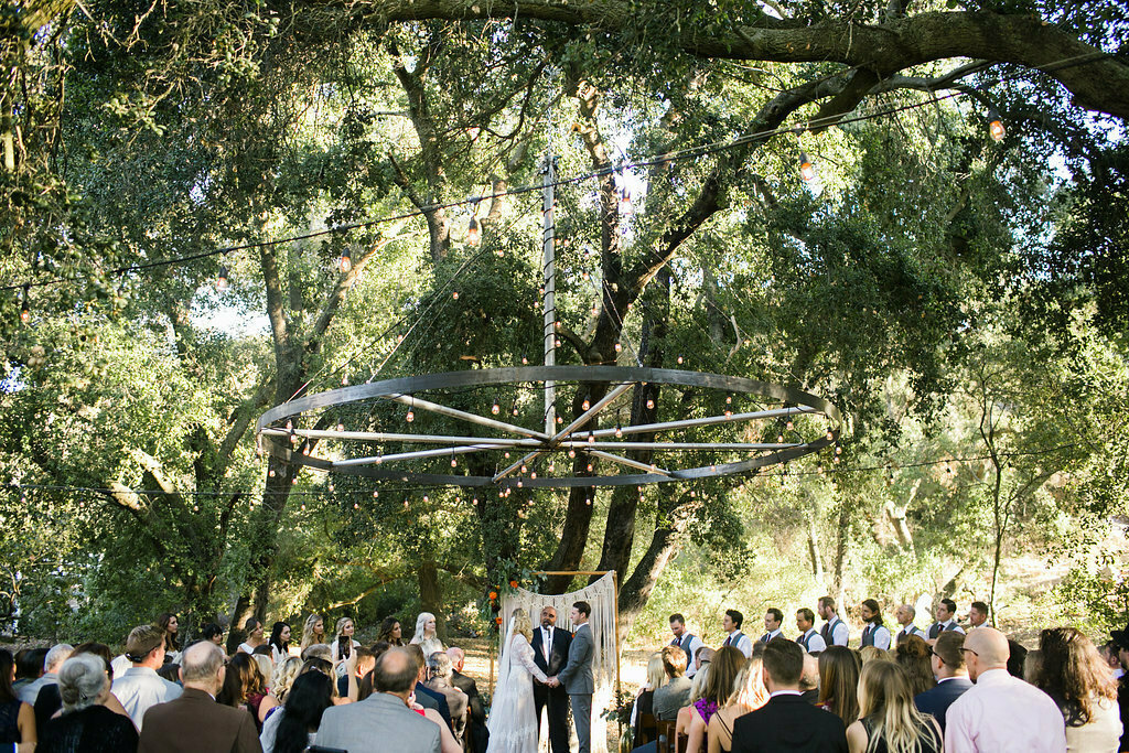 an-intimate-california-wedding-under-the-oak-tree-with-macrame-lace-ceremony-backdrop-and-a-simple-longsleeve-boho-chic-lace-wedding-dress