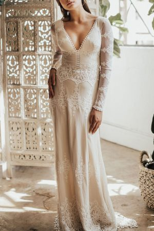 Julia-romantic-open-back-long-sleeve-lace-boho-wedding-dress