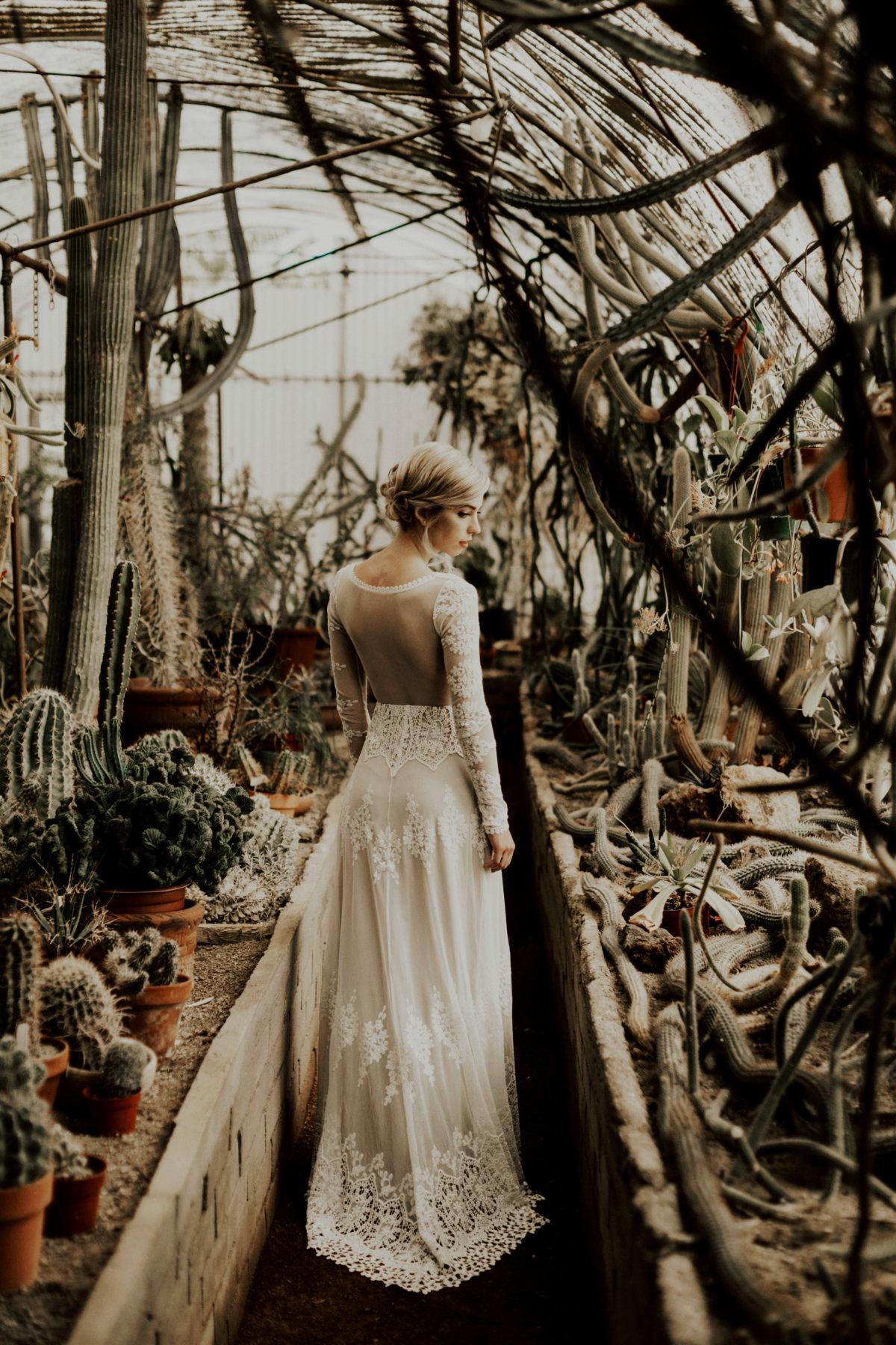 bride-julia-wearing-plunge-front-long-sleeved-lace-boho-wedding-dress