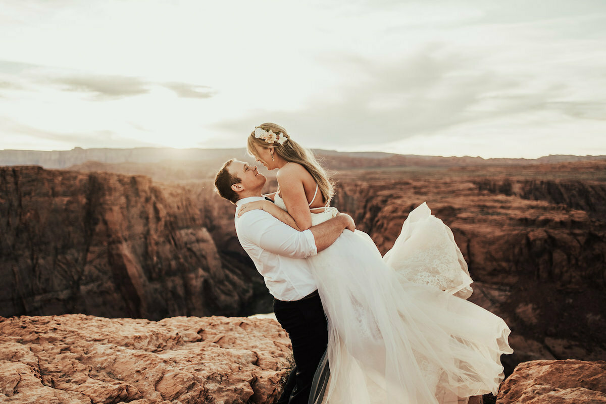 tessa-tadlock-photography-a-happy-couple-in-the-canyons