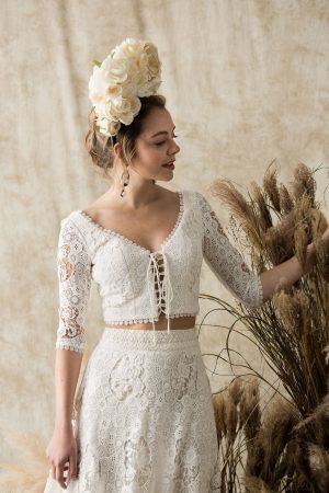 dela-boho-wedding-dress-long-sleeved-2-piece-with-fringed-hem-full-skirt