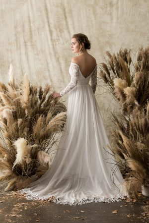 gabrielle-low-back-long-sleeve-lace-wedding-dress-bohemian-fringe-hem-long-sleeves