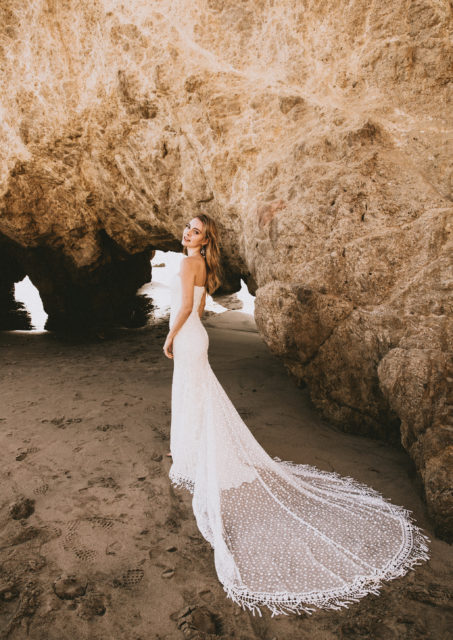 dreamers-and-lovers-simple-romantic-bohemian-wedding-dress-strapless-mixed-lace