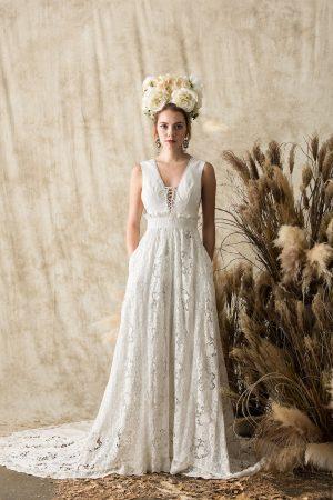 Elysia-silk-lace-dreamy-bohemian-backless-wedding-dress