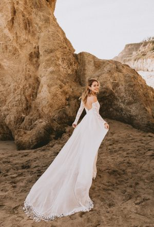 Bohemian Wedding Dresses | Hippie Wedding Dresses | Dreamers and Lovers
