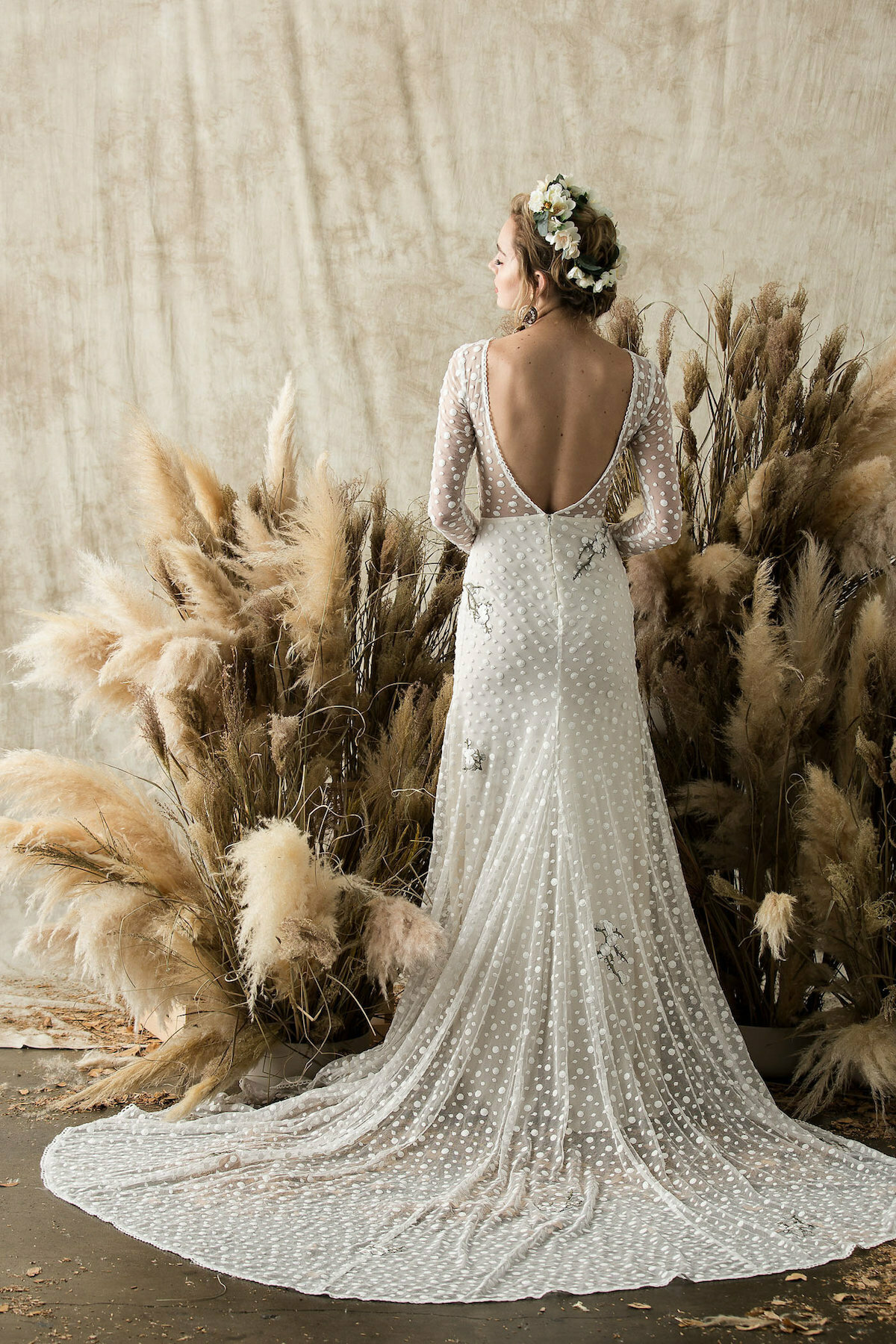 Florence Backless Lace Wedding Dress | Dreamers and Lovers
