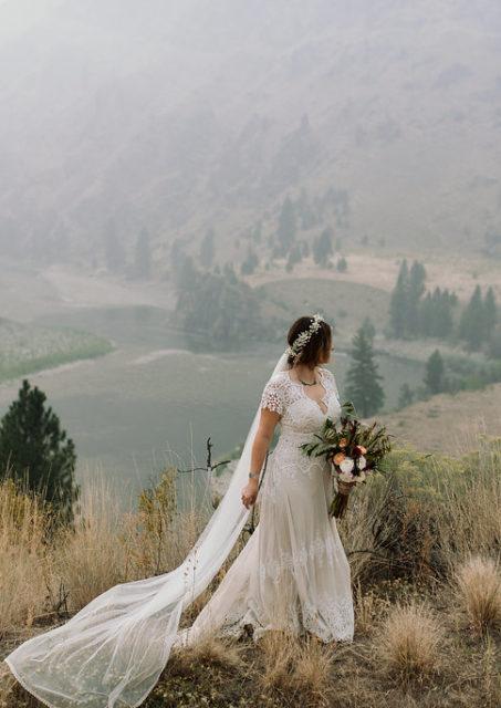 azalea-bohemian-wedding-dress-with-crochet-detailing-and-train