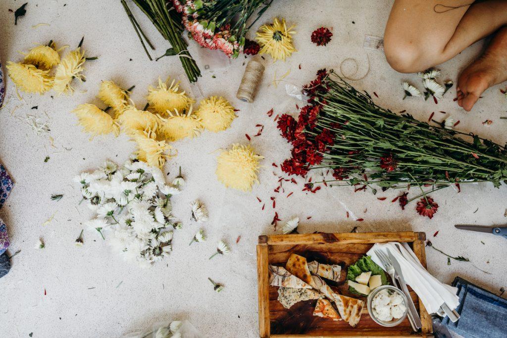 DIY-flowers-for-bohemian-tulum-wedding