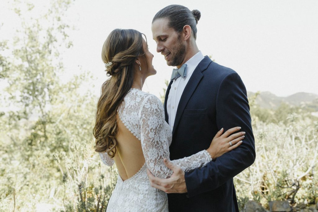 soulmates-gets-married-at-saddlerock-ranch-at-a-california-bohemian-wedding-bride-wears-the-dreamers-and-lovers-valentina-long-sleeve-wedding-dress