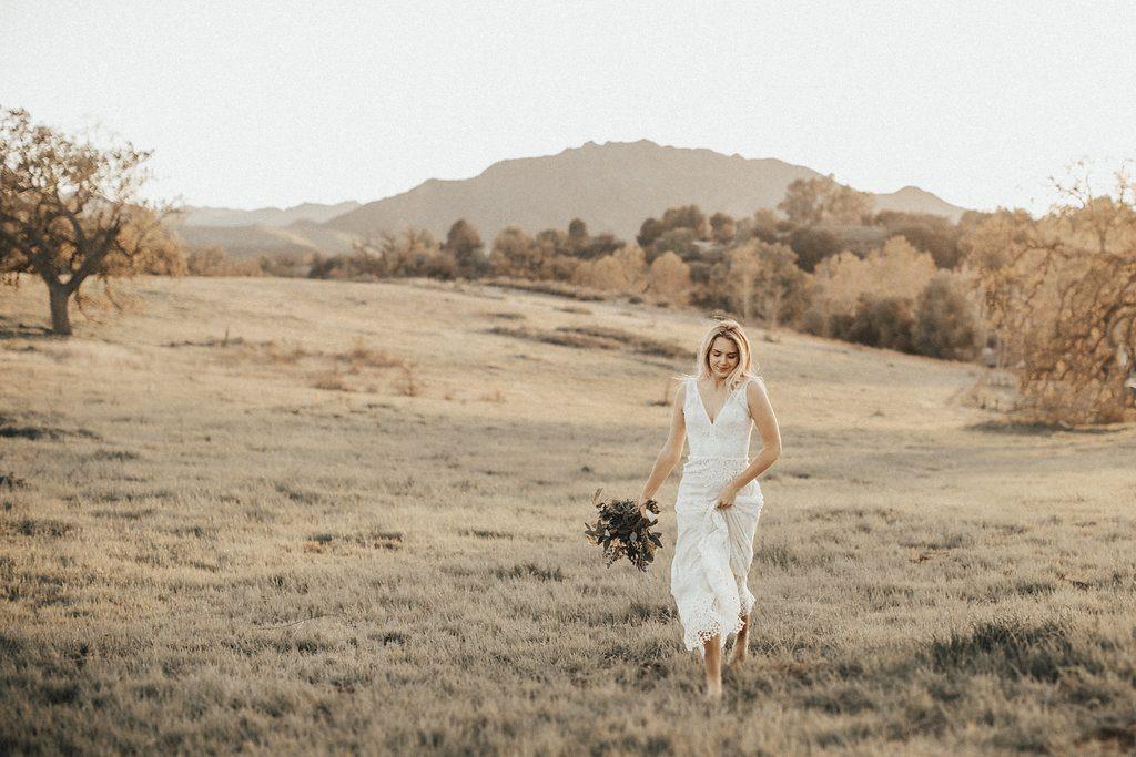 anais-romantic-lace-boho-wedding-dress