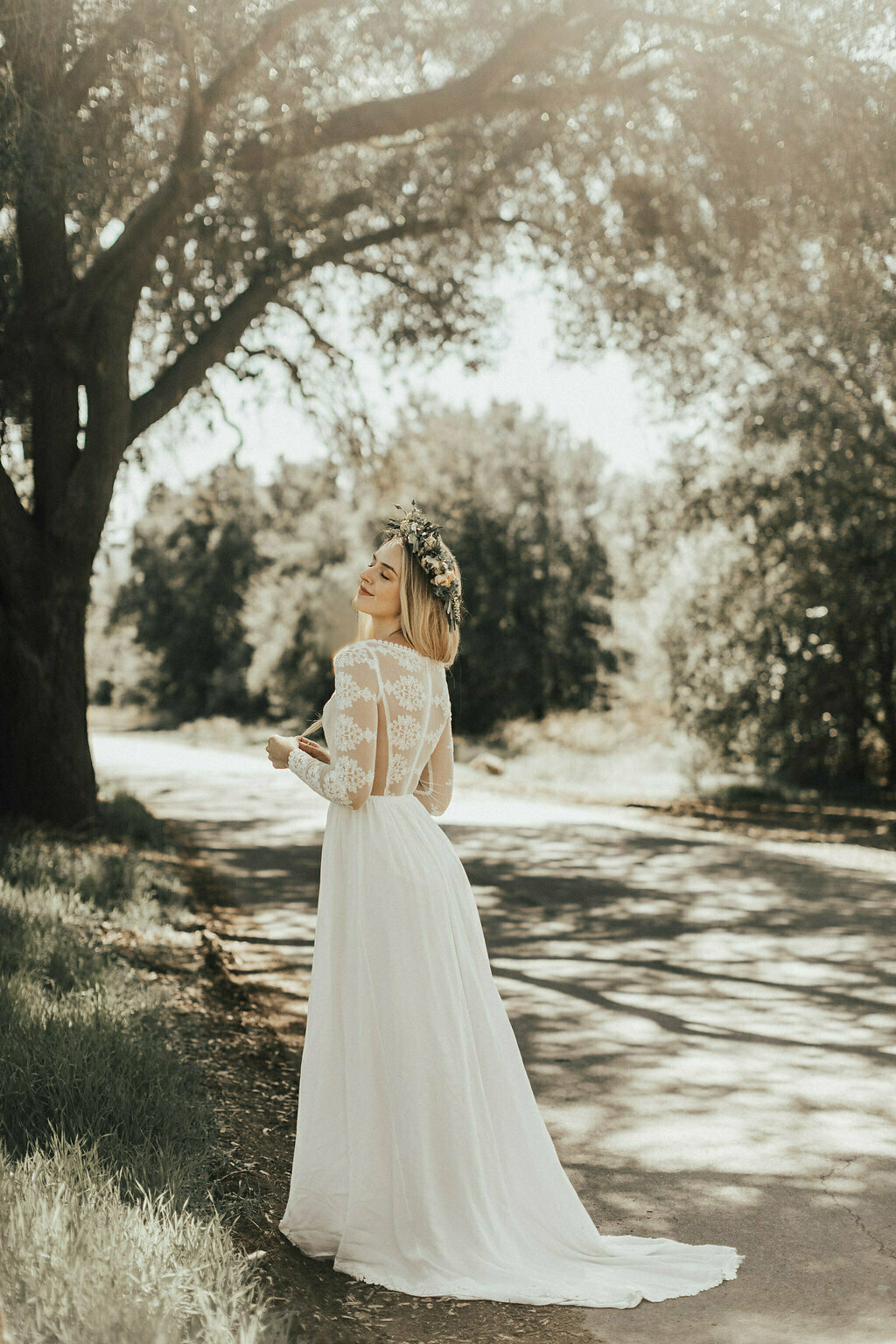 chloe-silk-and-lace-romantic-boho-wedding-dress