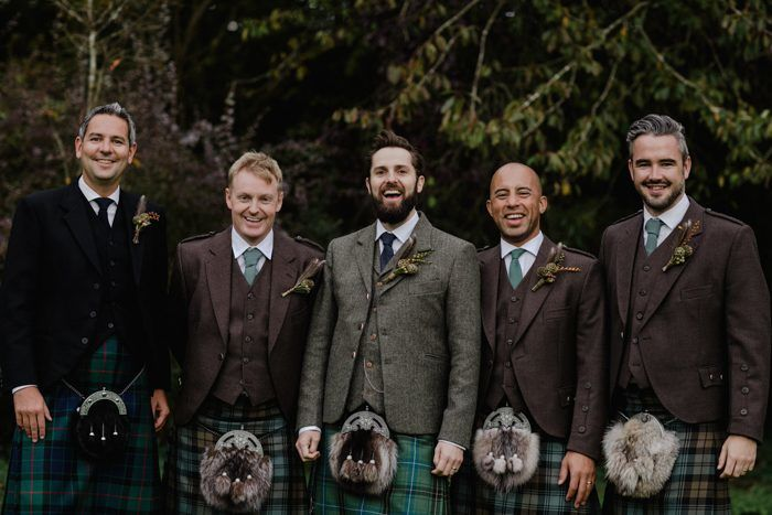 groomsmen-in-their-kilt-at-a-Scottish-bohemian-wedding