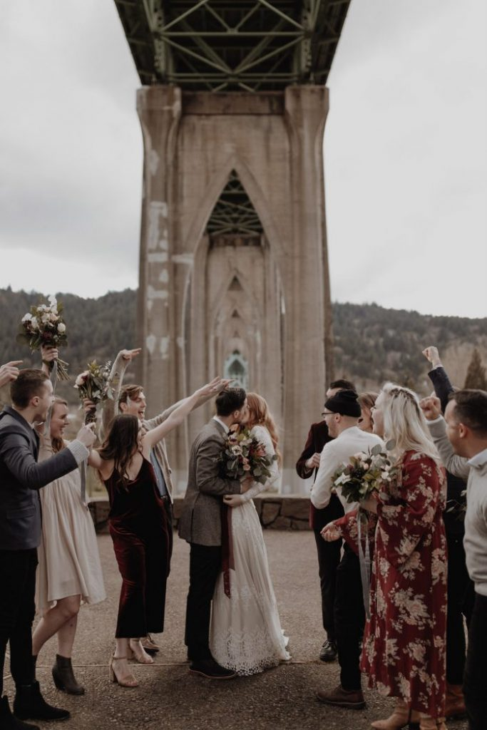 the-kiss-at-cathedral-city-bohemian-wedding-inspo