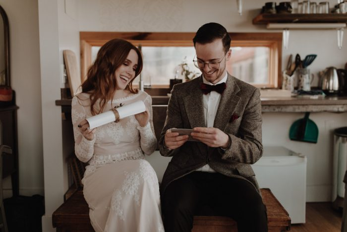 the-sharing-of-love-notes-bohemian-wedding-at-Cathedral-City-in-Portland