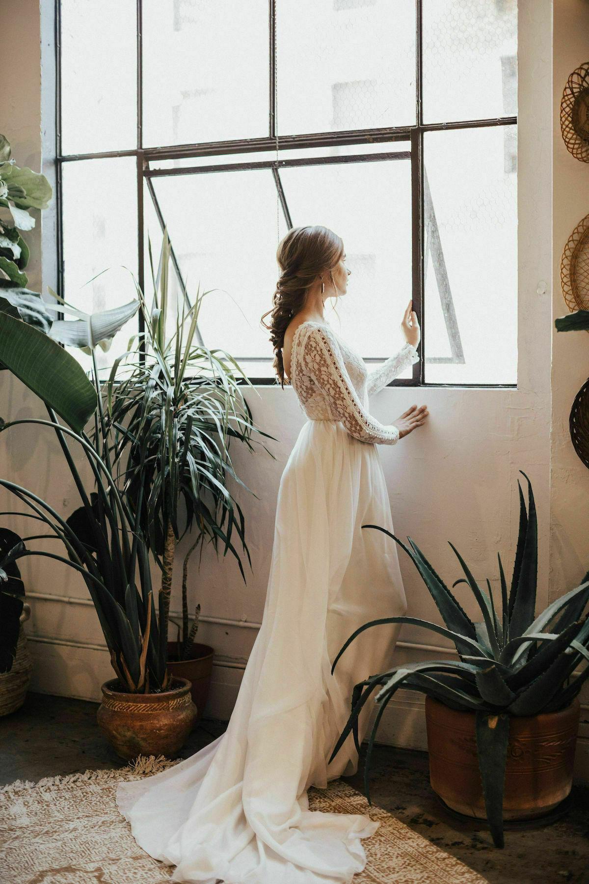 ines-flowy-wedding-dress-lace-bodice-with-silk-skirt
