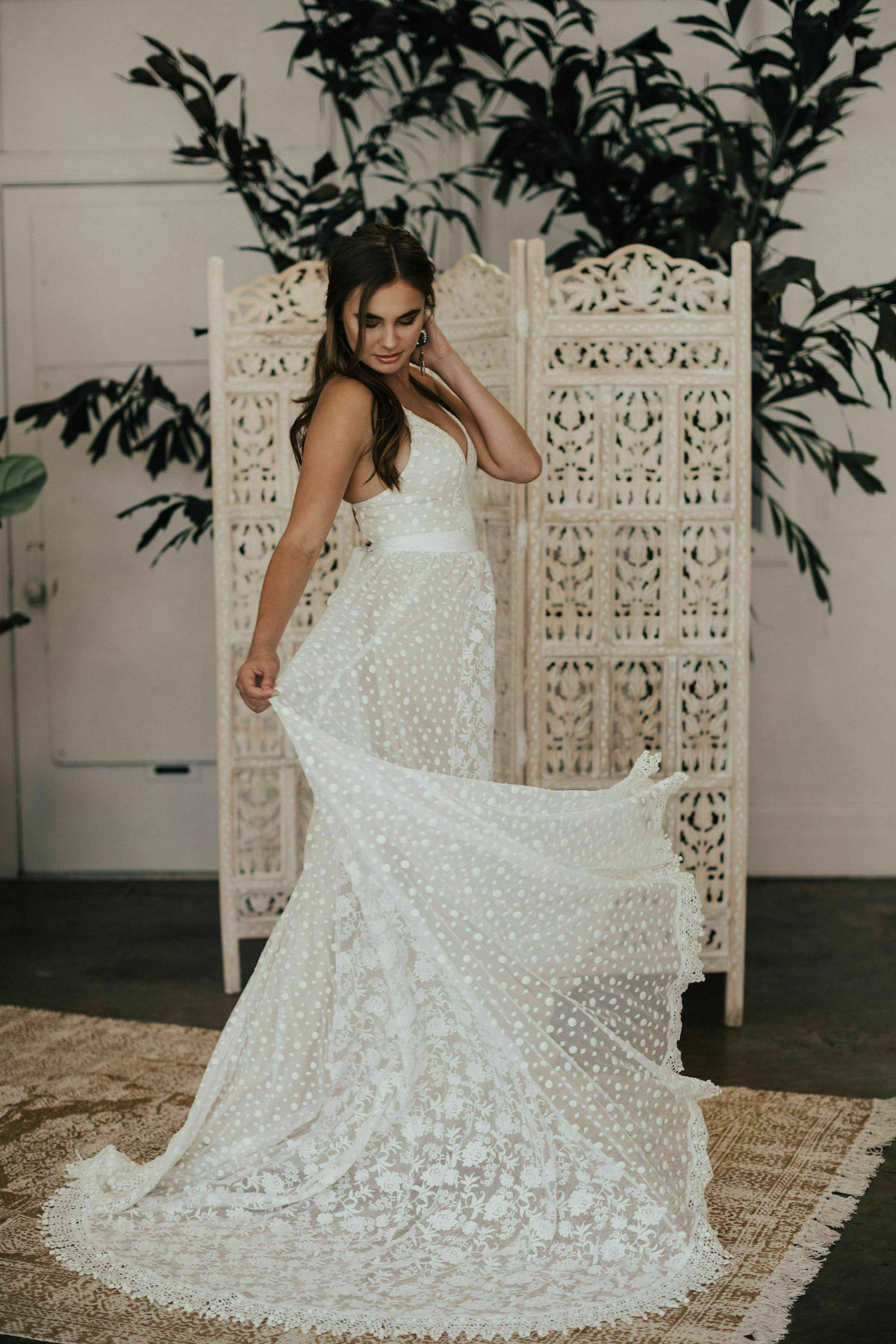 lace-open-back-wedding-dress-with-pockets-for-the-romantic-boho-bride