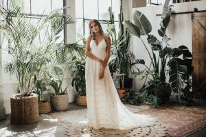 becca-bohemian-full-skirt-backless-wedding-dress-with-pockets-and-vintage-style-laces