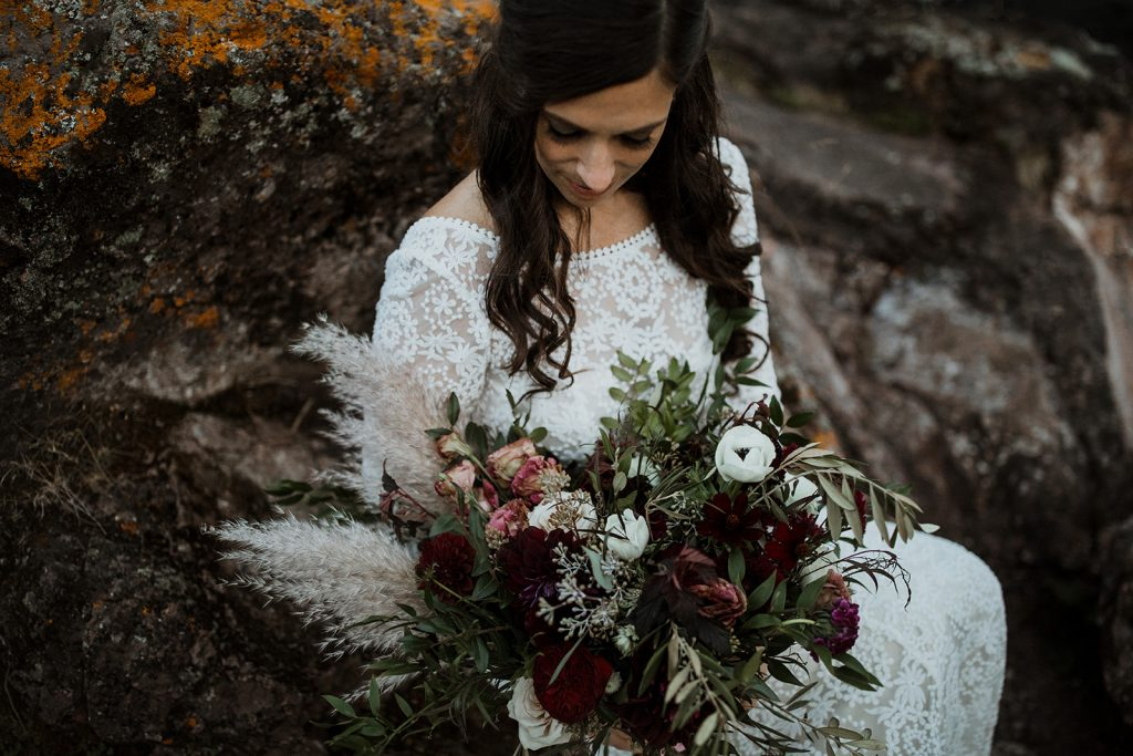 Bride-Laura-elopement-wedding-at-Lake-Superior-in-Minnesota