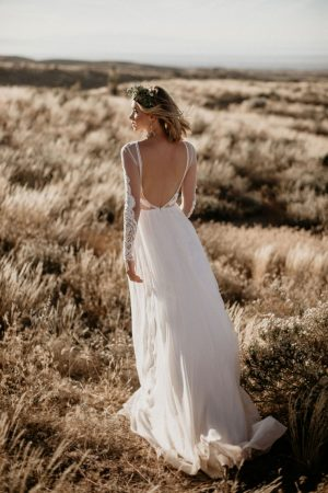 jane-silk-and-lace-romantic-flowy-wedding-dress-for-the-confident-modern-bride-who-never-sacrifice-her-true-personality