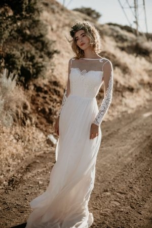 jane-silk-and-lace-romantic-flowy-wedding-dress-for-the-modern-boho-bride-made-in-Los-Angeles