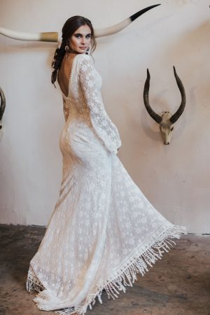 marie-fitted-cotton-lace-wedding-dress-for-magical-bohemian-brides