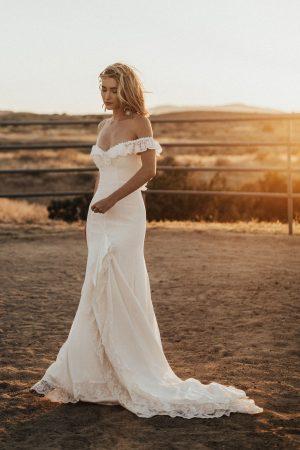 Poppy-off-the-shoulder-crepe-simple-bohemian-wedding-dress-minimalist-boho-design