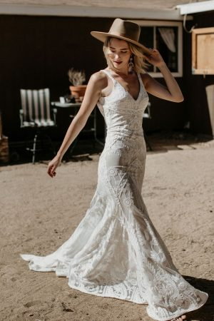 Stella-backless-sleeveless-lace-wedding-dress-for-the-dreamy-boho-bride