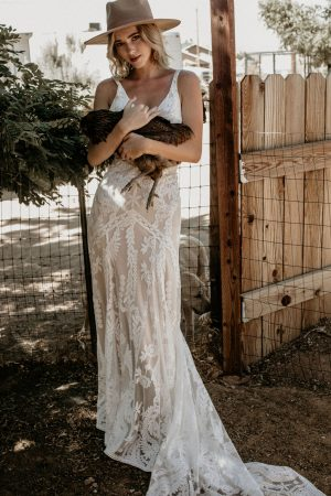 Stella-backless-sleeveless-lace-wedding-dress-for-the-modern-boho-bride