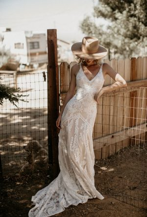 Stella Lace Wedding Dress - Backless Wedding Dress