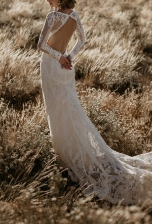VIOLETTA LACE WEDDING DRESS -Backless with Long Sleeves