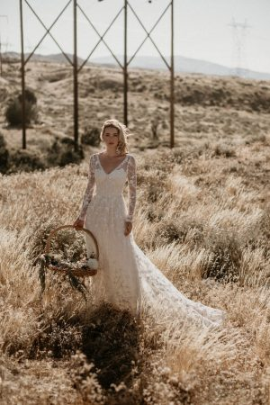 fall-in-love-with-zinnia-romantic-bohemian-wedding-dress-with-long-sleeves-and-open-back
