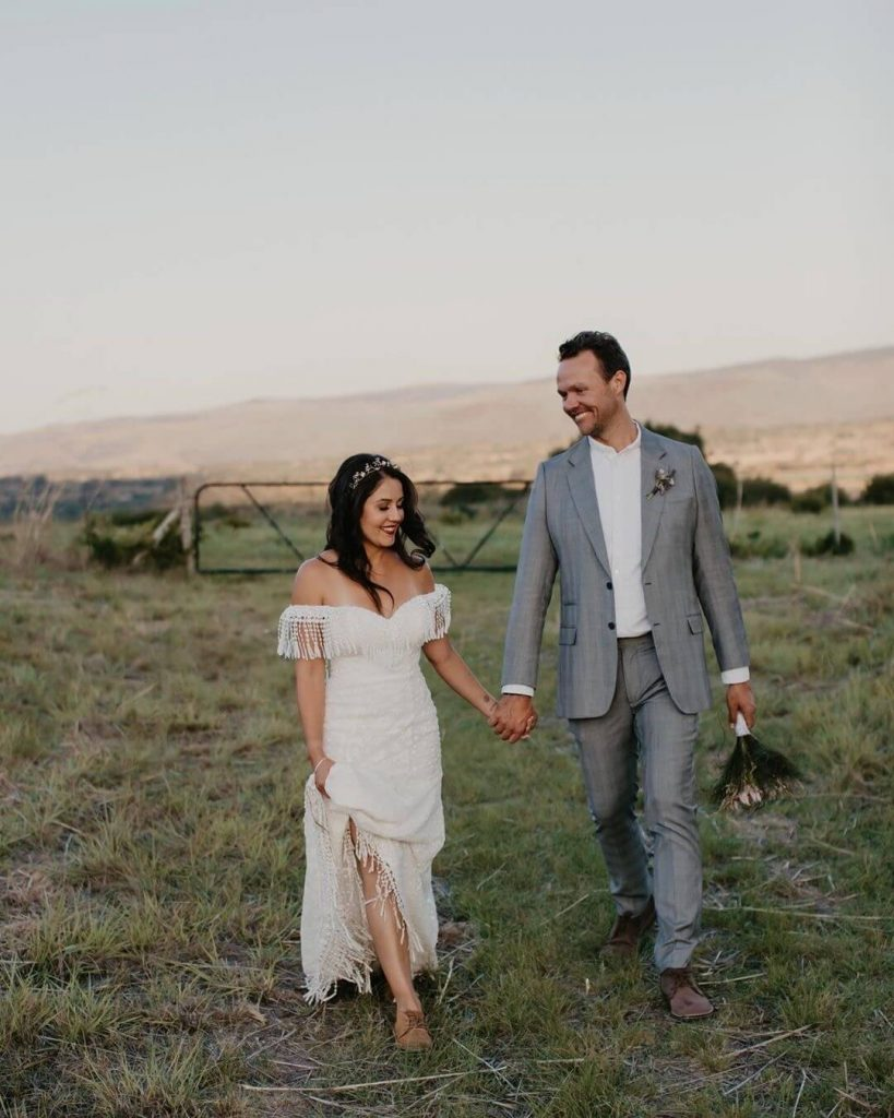 Bride Noa wearing a fringe wedding dress in South Africa