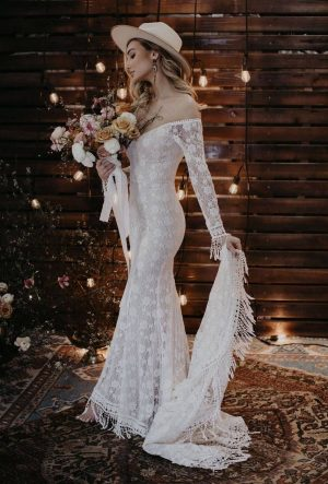 Meredith-Bodycon-Wedding-Dress
