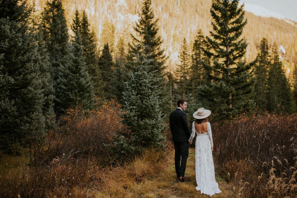 dreamy-mountain-elopement-in-Canada-bride-backless-wedding-dress