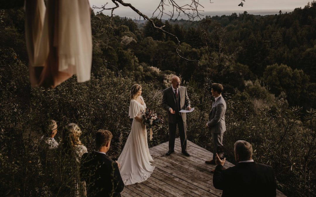 Intimate & Casual Wedding At A Mountain Top Rustic Cabin