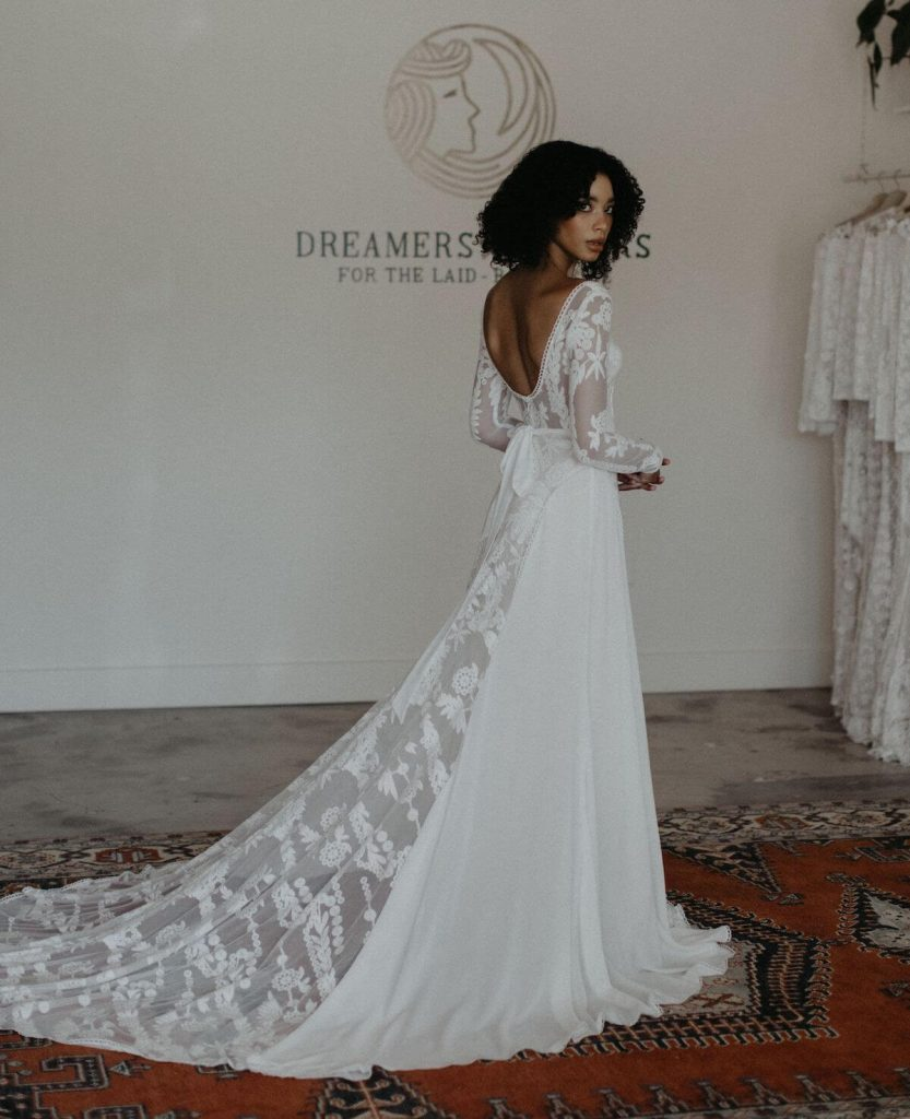Savannah-custom-fitted-rustic-lace-wedding-dress