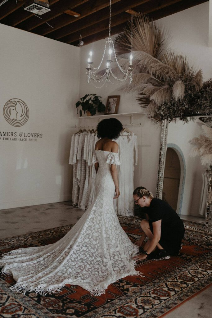 wedding-dress-shopping-in-los-angeles